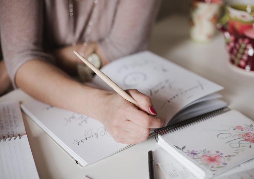 scelta del carattere di scrittura per le partecipazioni